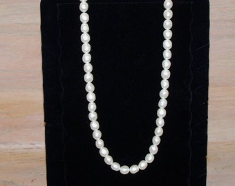 Necklace Off White Pearl Beads Single Strand Wedding Bridal Statement Necklace Vintage Jewelry Jewellery Wedding Accessory Gift Guide
