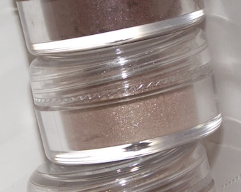 Mineral eye shadow shades of Brown shadow Choose one