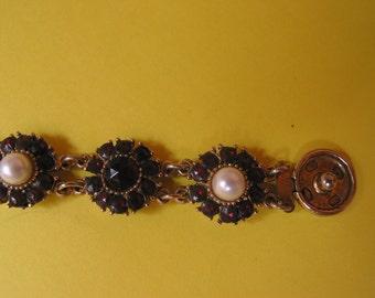 Vintage garnet and faux pearl bracelet