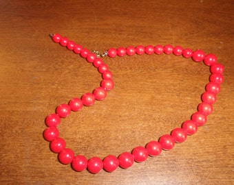 vintage necklace deep coral color beads