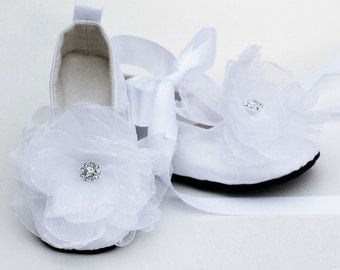Easter White Baby Shoes, Silk Toddler Ballet Slipper, Flower Girl, Little Girl Wedding Ballet flat, Christening, Baptism, Baby Souls Couture