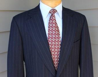 vintage Paul Stuart Men's 2 piece suit. Navy Blue flannel w/ Chalk stripe - All wool. Canada made. US Size 42 Long