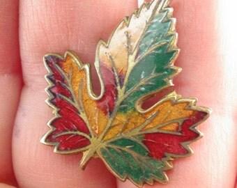 ANTIQUE ENAMEL HATPIN.  leaf hat pin. edwardian. victorian hatpin. guilloche maple leaf  No.001566