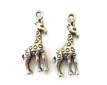 2 pcs Silver plated Girrafe Pendants  P 30 020