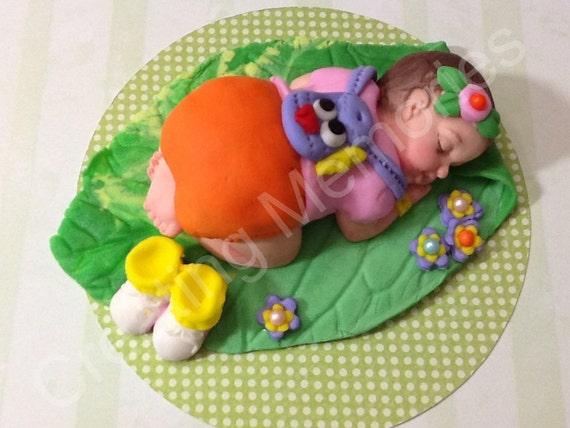 Dora Fondant Baby Cake Topper Made of vanilla fondant.Great