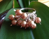 Pearl cluster dangle ring