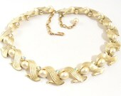 Gold Tone Linked Collar Necklace with AB Rhinestones and Pearl Cabochons
