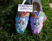 Price includes shoes. Dia De Los Muertos  sugar skull hand painted TOMS