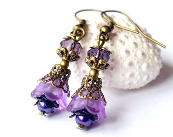 Dangle earrings, lucite flower earrings, purple lilac earrings, valentine earrings, beadwork earrings, bridesmaids gift shabby style