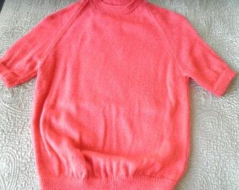 Deep rose handknit short sleeved sweater M