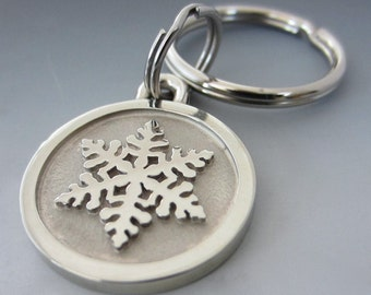 Small Stainless Steel Snowflake Engraved Keychain