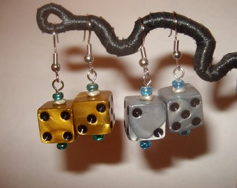 Dice earrings golden or silver upcycled toy earrings recycled kitsch kawaii colorful funny gamer black pips plastic earrings