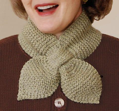Knit Scarf Pattern Size 5 Needles : Lotus Leaf Scarf to Knit PDF Pattern Instant Download