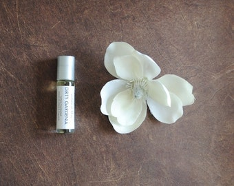 Dirty Gardenia Perfume Oil, Roll On Perfume Floral Earthy Fragrance Vegan