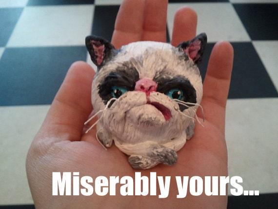 Grumpy Cat Clay Figurine Tard ornament