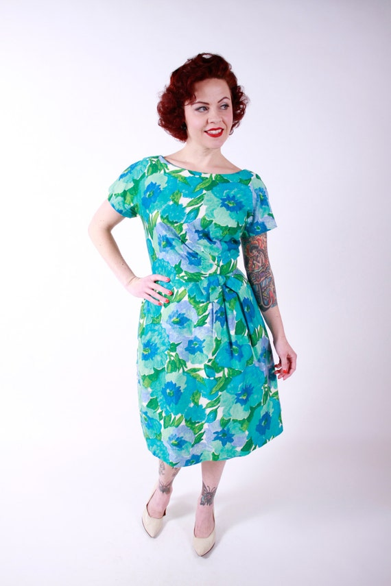 1950s Vintage Dress...Spring Fashion Turquoise Watercolor Floral Print Polished Cotton Garden Party 50s Dress Size Medium