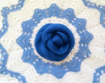 Blue Merino Wool Roving, Felting Wool, Needle felting wool, wet felting wool, wet felting roving, nuno felting wool, spinning wool, merino