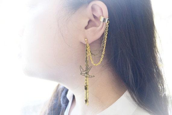 Mockingjay. A Hunger Games Inspired Chain Ear Cuff (Pair)