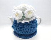Tiny Blue and White Daisy Two Cup Tea Cosie