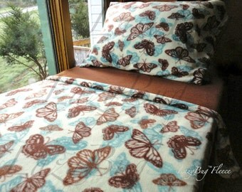 Crib Toddler Fleece Blanket Set  'Butterfly Dreams' for Girls  Fits Crib & Toddler Beds