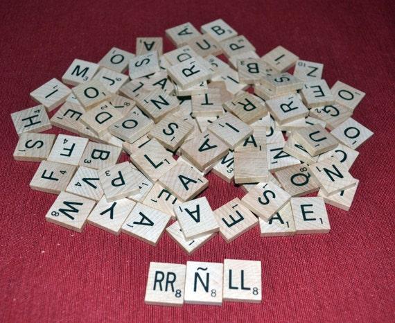 Scrabble Tiles set, Spanish tile set of 103 tiles from 2001, Wooden tile set
