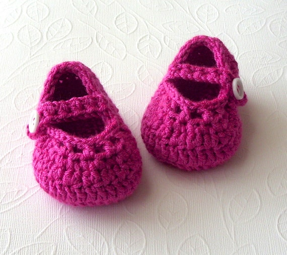 Baby Crochet Shoes, Crochet Pink Slippers, Pink Fuchsia Girl Crocheted Baby Booties