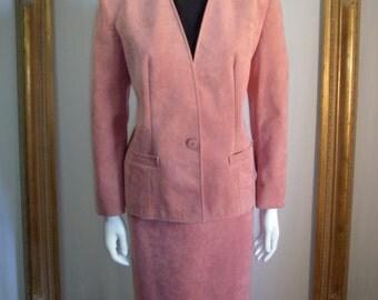Vintage 1980's Lilli Ann Mauve Ultrasuede Suit - Size 8