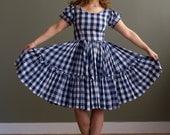 1950s Dress Gingham dress with full skirt- M