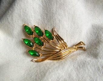 Rare Coro brooch 3-1/2 inch huge green rhinestone floral spray