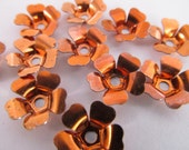 30 Vintage 12mm Copper Plated Steel Flower Components Mt159
