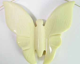 2 Vintage Jumbo 48mm Faux Ivory Lucite Butterfly Pendants Pd450