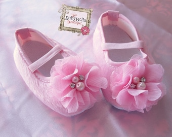 Baby Girl Pink Crib Shoes flower baby  booties,soft sole .
