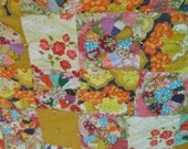 1930's Hand Sewn Feedsack Dresden Plate Quilt Blanket - 56 squares - 28 plates
