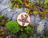 """SALE Sea Star Starfish Wooden Pyrography Charm 3/4"""" (1 of 2)"""