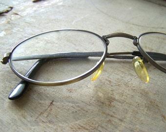 Vintage eyeglasses reading glasses - women's metal frame