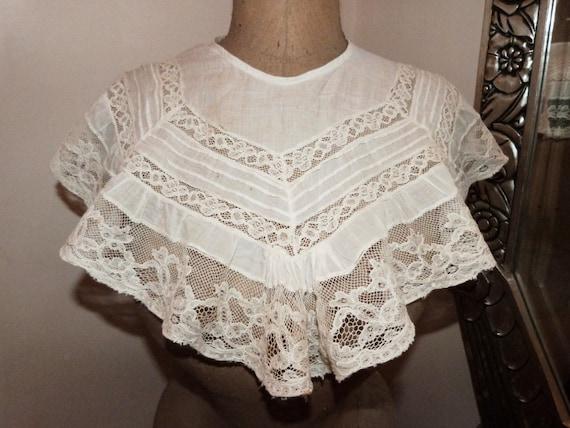 مدل لباس با یقه دلبری