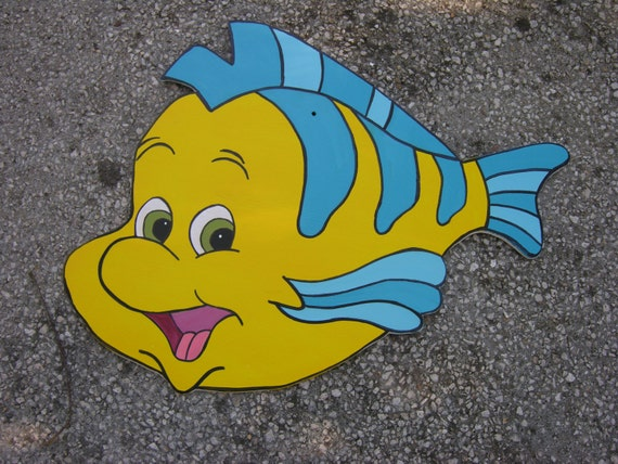 Flounder ariel 39 s the little mermaid favorite fish friend for The little mermaid fish