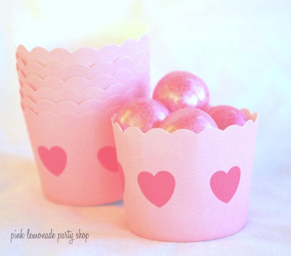 Small pink Heart-Nut/Candy/Baking Cups--20ct--Parties--cupcakes-gumballs-snacks