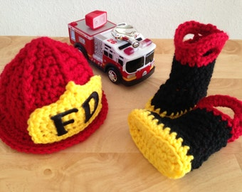 Baby Firefighter Fireman Hat & Boots, Photography Prop, Preemie, Newborn, 0-3, 3-6 - MADE TO ORDER