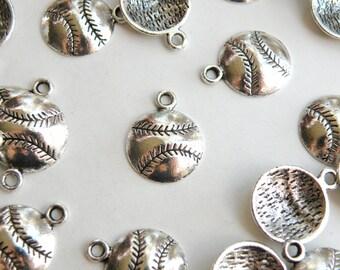 10 Baseball sports charms antique silver 19x15mm DB12662