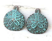 Sand dollar charms, Green patina on copper, Sand dollar pendant, Greek beads, Lead Free, metal casting, 22x20mm - 2Pc - F123