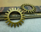 10 pcs 25mm Antique bronze gears wheels sawtooth gearwheels Watch movements connectors links Charms Pendants fc99055