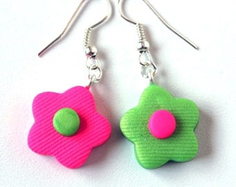 Switched colors flower-shaped earrings. Clearance Sale