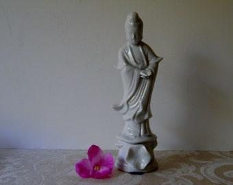 Chinoiserie Blanc De Chine Geisha Girl White Porcelain Figurine