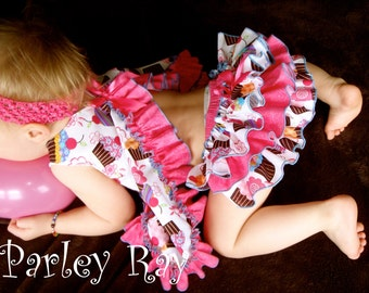 Parley Ray Lil' Cupcake Happy Birthday Ruffled Baby Bloomers/ Diaper Cover / Baby's First Birthday