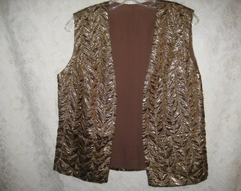 Metallic BEAUTIFUL BROCADE VEST with Belt - Lots of gold accents