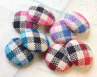 15 mm Checker Pattern Fabric Button of Assorted Colors (.tt)