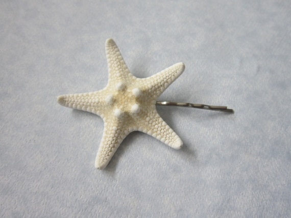 """1.5"""" White Knobby Starfish Hair Pin/Boutonniere"""