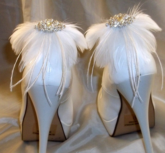 Wedding Shoe Clips, Feather Shoe Clips, Ivory Shoe Clips, White Shoe Clips, Clips for Wedding Shoes, Bridal Shoes, Designer ShoeClipsOnly