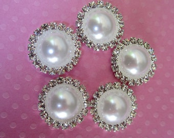 White Pearl Flat Back Cabochon.  QTY: 3 Cabochons